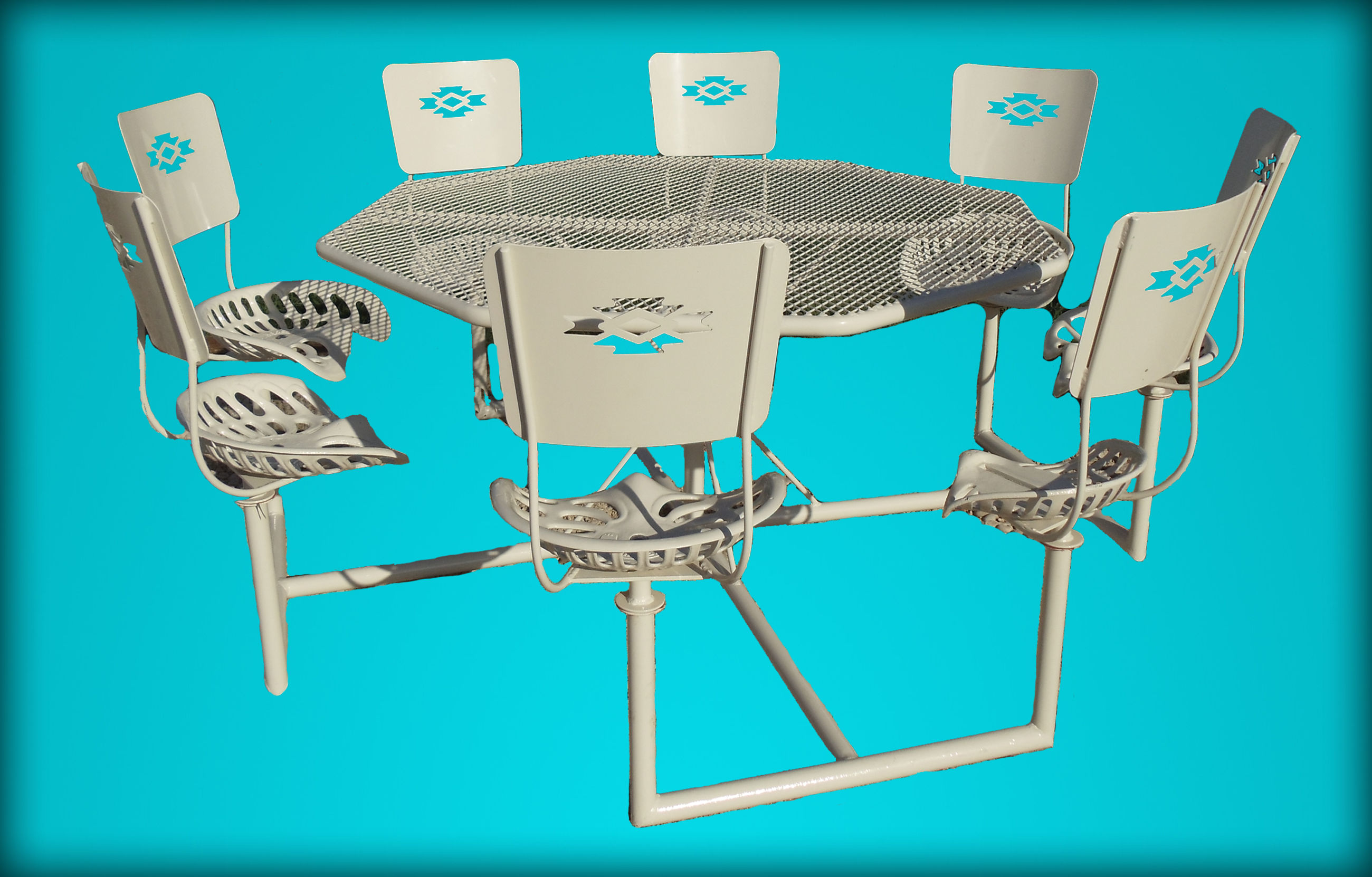 Kickin Back kreations 8-Seat Standard Table