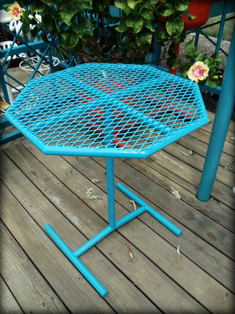 Kickin Back Kreations Accent Table, KBK Accent Table